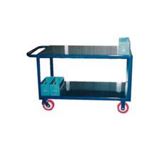 1051. Carro transporte de piezas con estantes