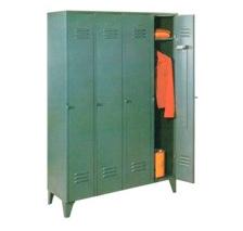 1404- Guardarropas de cuatro puertas largas
